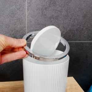 bremermann Mini-Kosmetikeimer GAVELLO mit Schwingdeckel // Badeimer mit Rillendekor, Kunststoff 1,5 Liter weiß, rund